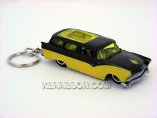 Hot Wheels Garage 30 Car Set 8 Crate Yellow and Black Keychain