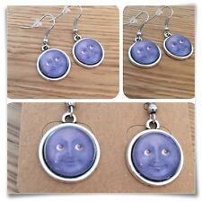 Emoji Moon Face grin Eyes Smile GREY  mini EARRINGS