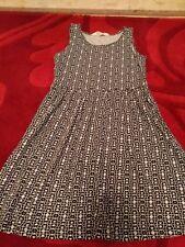 NEW GIRLS H&M SUMMER DRESS AGE 8-10, geometric print, 100% cotton NWOT