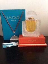 Rare Flacon de Parfum Lalique Chèvrefeuilles avec boite et pendentif Collection
