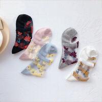 Women Transparent Thin Daisy Lace Socks Casual Floral Silk Short Socks Cute Sock