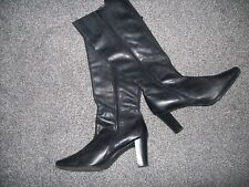 LOVELY PAIR OF LEATHER BOOTS..BN..FROM GEORGE..SIZE 8/41