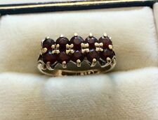 Lovely Ladies Hallmarked Vintage 9ct Gold Double Row Garnet Ring - Size J