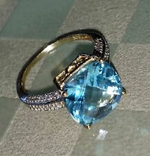 EXQUISITE SOLID 10K TWO TONE GOLD GENUINE TOPAZ & .20CTW DIAMOND RING 7-$1110
