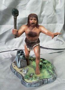 Aurora Prehistoric Scenes Cro-Magnon Man Builtup