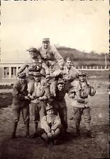 Photo carte groupe de militaires soldats du 402 è Régiment 59 è chambre jeu