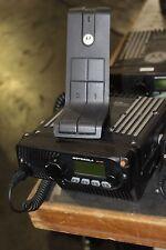 Motorola Xtl1500 M28urs9pw1an Radio With Mic And Base