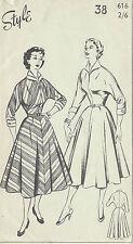 1950s Vintage Sewing Pattern B38 DRESS (1320)