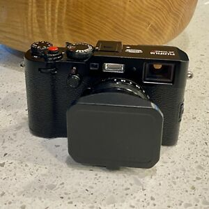 Fujifilm X100F 24.3MP Mirrorless Camera with 23mm Lens  - Mint Condition!