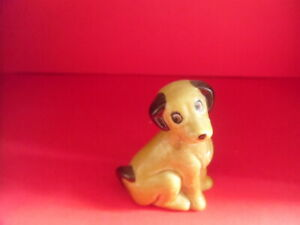 Rare Wade Whimsie Woofit the Dog with stand/box