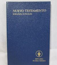 Gideons The New Testament & Psalms Blue Paperback, Espanol E Ingles NKJV 0702