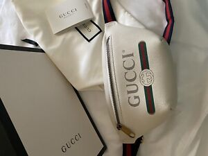 Gucci White Ivory Grained Leather Logo Small Waist Bag Fanny Pack