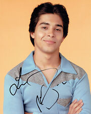 Wilmer VALDERRAMA SIGNED Autograph 10x8 Photo AFTAL COA That 70's Show