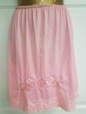 Vintage Half Slip Longerie Size M Slumber Suzy Dreamwear Flowers Lace Elastic