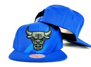Exclusive Mitchell & Ness NBA Chicago Bulls Blue snapback Hat Cap