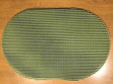 Set 4 Non-Slip Waffle Weave Placemats PVC Vinyl Outdoor Indoor Placemats - Green
