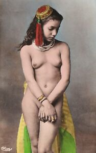 North Africa Arab Nude Woman from Egypt original old 1910s photo