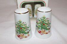 "Vintage Jay Import ""Merry Christmas"" Fine Porcelain Salt & Pepper Set NEW"