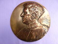 MEDAILLON  CUIVRE PROFIL ARTISTE PEINTRE  H. BERNARDEAU SIGNE JEANNE STRENZ 1909