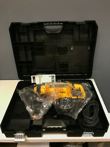 "DeWALT D25614 13.5 Amp 1-3/4"" SDS MAX Corded Concrete/Masonry Rotary Hammer"