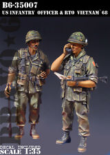 BRAVO-6 35007 U.S. Infantry Officer 1 RTO Vietnam '68 1/35 RESIN FIG.