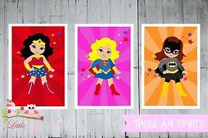 Superhero Supergirls Set of 3 Wall Art  Wonderwoman Super/Batgirl Na Na Batman