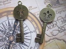 Antique Bronze Skeleton Keys Wedding Vintage Pendants Fleur De Lis 2