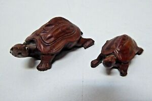 2 VINTAGE WOODEN FINE CARVED STATUES FIGURINES CHINESE TURTLES GLASS EYES
