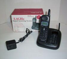 Radio Shack Cordless Phone W/ Answering Machine  2.4GHZ 43-3857 Black         B2