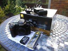 Nikon D500 (VBA480AE) 20.9MP Fotocamera Reflex Digitale (Solo Corpo) - Nero