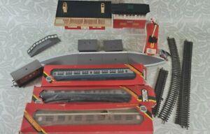 JOB LOT HORNBY Railways 5 x Coaches & Accessories inc R922, R937, R921 UNTESTED