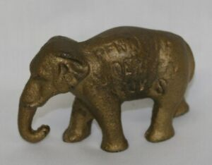 1909-1933 Cast Iron Elephant Advertising Independent Stove Paperweight Owosso MI