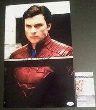 "TOM WELLING Hand-Signed ""SMALLVILLE ~Clark Kent~ Superman"" 11x17 Photo (JSA COA)"