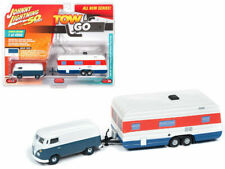 JOHNNY LIGHTNING 1965 VOLKSWAGEN T2 BLUE WHITE W/HOUSE TRAILER 1/64 CAR JLTG001B
