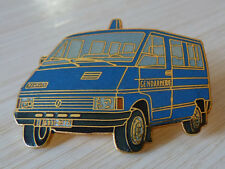 PIN'S CAMION RENAULT TRAFIC GENDARMERIE EGF