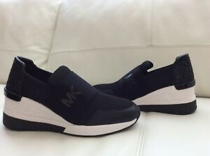 NEW Michael Michael Kors Women  Sneaker Size 7 M