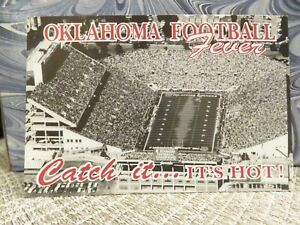 OKLAHOMA 1992 FOOTBALL POCKET SCHEDULE (Compliments of C & R Print Shop, Inc.)