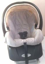 Evenflo Embrace 35 Infant Car Seat & Seat Base Neutral Color Rear Facing 3152198
