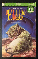 DEATHTRAP DUNGEON Fighting Fantasy #6 1986 Ian Livingstone Green Banner VG