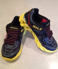 "NEW~~SKECHERS Z Strap ""Air-Mazing""  Boy's Sneakers~~Size 11"