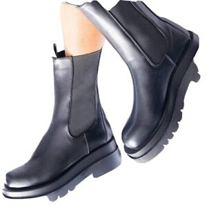 Black Chunky Chelsea Style Boots