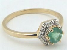 9ct 9Carat Yellow Gold Diamond & Emerald Solitaire Engagement Ring UK Size N 1/2