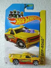 YELLOW 2013 Hot Wheels FIG RIG #80 HW Off-Road