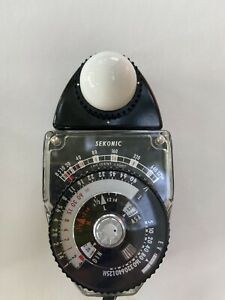 Sekonic L-398 Studio Deluxe Exposure Light Meter +Original Case and Instructions