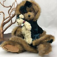 """HOLLY Bearington Collection 16"""" Jointed holding Little Bear Green Coat & Bow"""