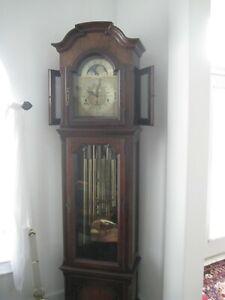 9 Tube Colonial Molyneux Grandfather Clock