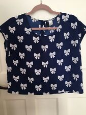 Pretty Navy And White bow Cropped Top H & M Size 12