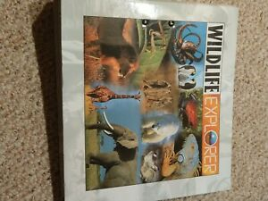 Preowned WILDLIFE EXPLORER Animal Binder Book w/ 40+ Color Fold-Out Pages