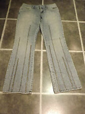 LADIES DKNY FADED STUDS STUDDED LIGHT BLUE JEANS W30 L32 UK 10 ? EUR 36 ?