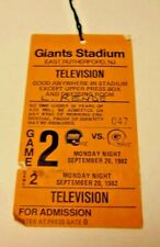 1982 NFL FOOTBALL PRESS PASS VERY RARE NEW YORK GIANTS VS GREEN BAY PACKERS